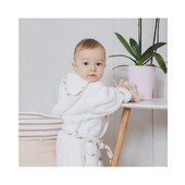 The softest bath robe 🤍⠀⠀⠀⠀⠀⠀⠀⠀⠀ *⠀⠀⠀⠀⠀⠀⠀⠀⠀ O roupão de banho mais macio 🤍⠀⠀⠀⠀⠀⠀⠀⠀⠀ .⠀⠀⠀⠀⠀⠀⠀⠀⠀ .⠀⠀⠀⠀⠀⠀⠀⠀⠀ 100% organic cotton •🌱• Made in Portugal⠀⠀⠀⠀⠀⠀⠀⠀⠀ ⠀⠀⠀⠀⠀⠀⠀⠀⠀ Available in⠀⠀⠀⠀⠀⠀⠀⠀⠀ • www.blandbbaby.com •⠀⠀⠀⠀⠀⠀⠀⠀⠀ WhatsApp 📞+351 966 396 618⠀⠀⠀⠀⠀⠀⠀⠀⠀ ⠀⠀⠀⠀⠀⠀⠀⠀⠀ #blandbbaby #somuchlove #babyessentials #essenciaisparabebe⠀⠀⠀⠀⠀⠀⠀⠀⠀ #organiccotton #algodaoorganico #maternidade #madeinportugal⠀⠀⠀⠀⠀⠀⠀⠀⠀ #nursery #goldenrosecollection #babybathrobe #roupaodebanhodebebe #multipurposebasket #cestomultiusosparaquarto #prendasonline#onlineorders #comprasonline #enxovalbebe #onlinestore #newborn #baby #bebe #pregnancy #gravidez #babyshop #comprasparabebe #babyshower #chadebebe #babymusthave
